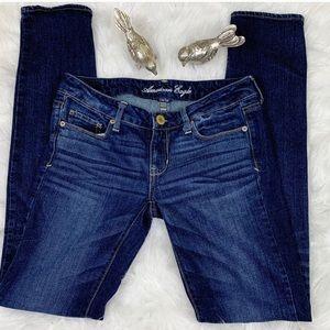 American Eagle Dark Wash Skinny Jeans Size 4 Long
